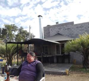 A roadside lunch stop arriving in San Luis